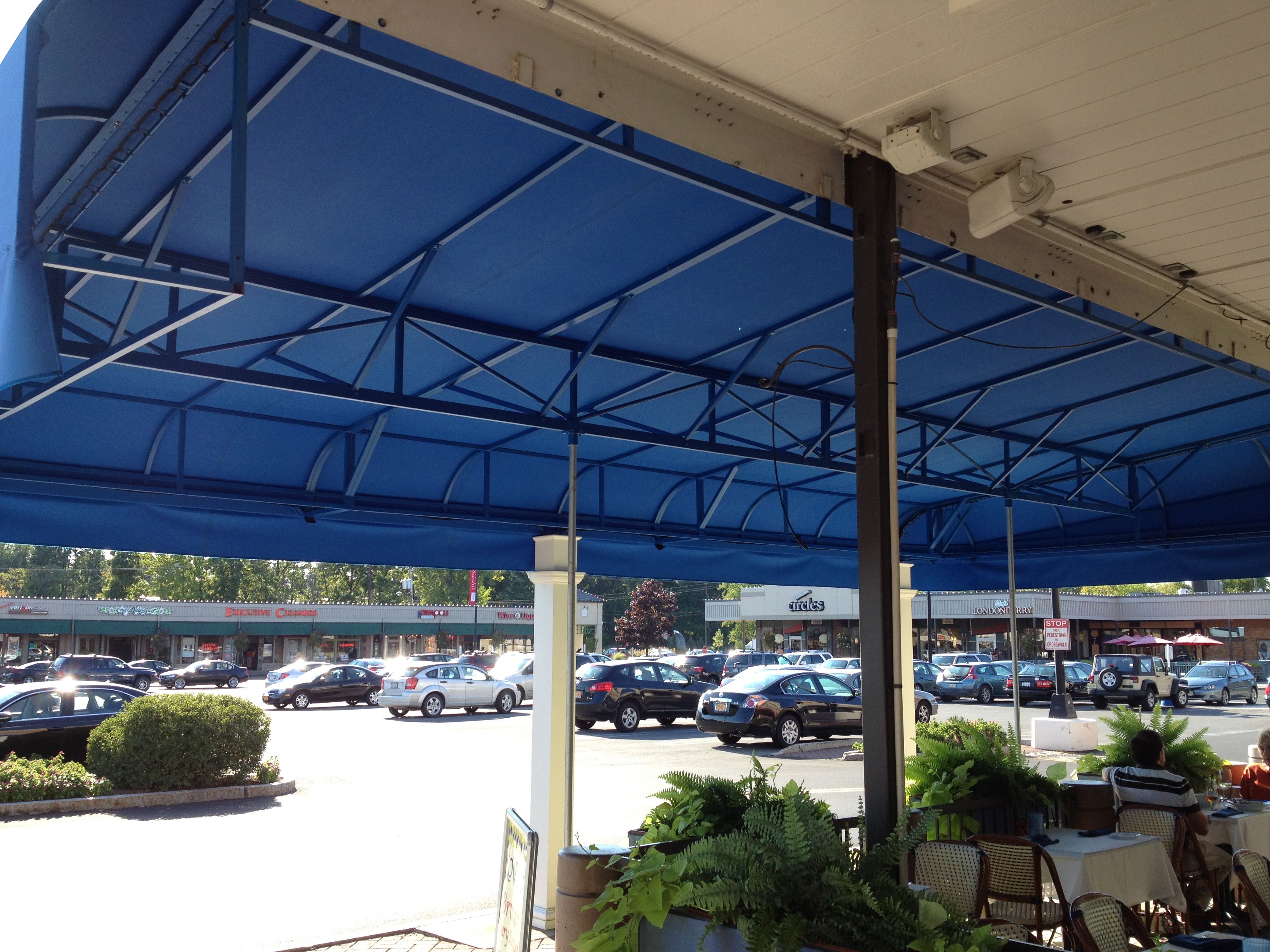 Maximize the Visual Impact of your Outside Awning